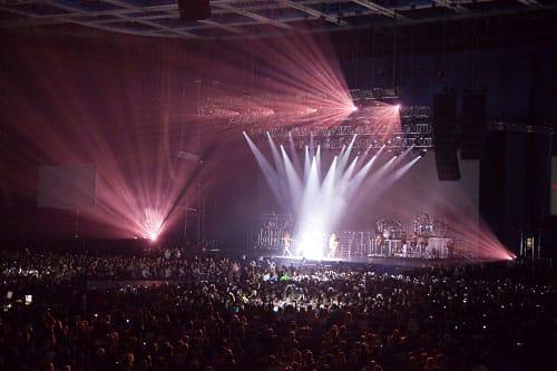 Indoor concerts with impressive lighting
